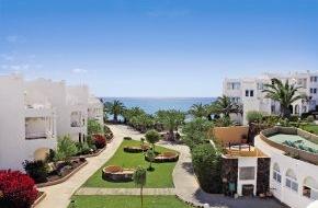 alltours flugreisen gmbh: alltours baut starke Marktposition auf Lanzarote, Fuerteventura und La Palma weiter aus / Viele Programmerweiterungen von der Finca bis zur Luxusanlage