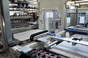 Megasol Energie AG: Grösste Solarmodul-Fabrik der Schweiz nimmt Betrieb auf