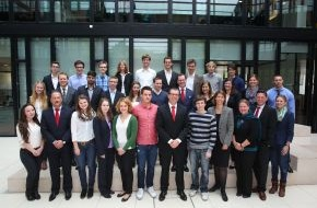 Santander Consumer Bank AG: Erster Santander Stipendiatentag