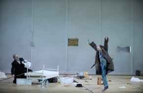 Hamburgische Staatsoper: »Wagner-Wahn« an der Staatsoper Hamburg: Zum Jubiläumsjahr 2013 dirigiert Simone Young alle zehn Hauptwerke Richard Wagners innerhalb von drei Wochen