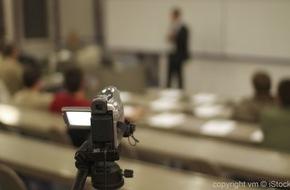 """Fachhochschule Lübeck: Ankündigung: Konferenztag - MOOCs and beyond in Berlin im Rahmen der Themenwoche """"THE DIGITAL TURN"""" / MOOCs in Deutschland - Eindrücke und Ergebnisse eines Experimentes 08. September 2015"""