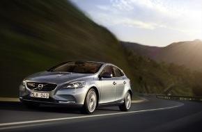 Volvo Car Switzerland AG: Fünf Sterne beim Euro NCAP Crashtest - Neuer Volvo V40 überzeugt mit bestem je vergebenem Resultat