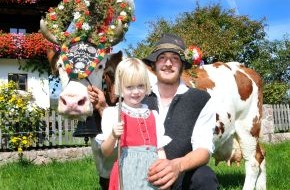 ALPBACHTAL SEENLAND Tourismus: Feierliche Heimkehr der Kühe in Reith im Alpbachtal