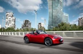 """Mazda: Mazda MX-5 zieht in die japanische """"Hall of Fame"""" (FOTO)"""