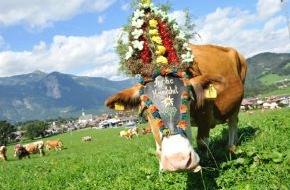 ALPBACHTAL SEENLAND Tourismus: Buntes Festtreiben beim Reither Almabtrieb