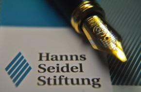 """Hanns-Seidel-Stiftung: """"Wer mehr als nur studieren will..."""" / Bewerbungsschlusstermine für  Stipendienprogramme der Hanns-Seidel-Stiftung zum Wintersemester 2013/14"""