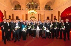 WAGO Gruppe: WAGO-Stiftung würdigt hervorragende Ausbildungsabschlüsse