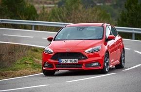 Ford-Werke GmbH: Ford Focus ST: Nachfrage hat sich verdoppelt - Diesel-Modell ab sofort mit Powershift-Getriebe und Schaltwippen bestellbar