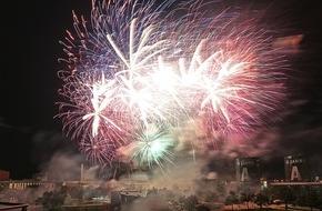 Autostadt GmbH: Über 35.000 Gäste feiern den 15. Geburtstag der Autostadt (FOTO)