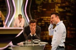 """SAT.1: Es geht um 250.000 Euro: Profi-Pokerspieler Florian weint in SAT.1-Show """"Deal or no Deal"""""""