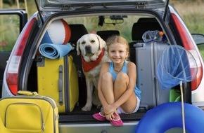 CosmosDirekt: Startklar: Tipps für die Urlaubsreise mit dem eigenen Auto (FOTO)