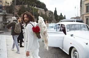 Blumenbüro: Via Livestream rote Rosen zum Valentinstag verschenken / Command Cupid: Liebe auf den ersten digitalen Blick