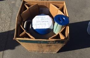 Polizeiinspektion Göttingen: POL-GÖ: (201/2016) Augenscheinlich defekte Gasflasche auf Fahrbahn entpuppt sich als Spezial-Behälter für Bullen-Sperma