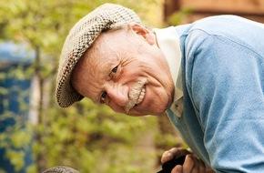 Initiative Hausnotruf: Für mehr Lebensqualität im Alter - neue Assistenzsysteme ergänzen Hausnotruf