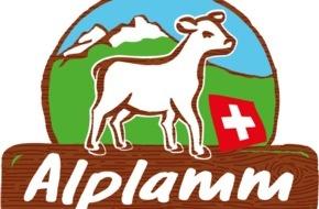 Migros-Genossenschafts-Bund: Schweizer Alplamm: In Kooperation mit IP-Suisse bietet die Migros Lammfleisch aus besonders tierfreundlicher Produktion an
