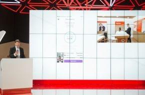 Vodafone GmbH: Kundenhilfe auf dem Handy wird mit dem Vodafone Video Service noch persönlicher (FOTO)