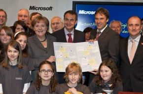 Microsoft Deutschland GmbH: 1.500 Bildungswünsche an die Bundeskanzlerin