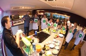 LAMM. EINFACH LECKER LOS: Lamm lässt viel Spielraum für kreative Küche / Das erfuhren Food-Journalisten und Blogger bei einem Kochevent in der Düsseldorfer Kochschule von Frank Petzchen