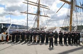 Presse- und Informationszentrum Marine: Adventskonzert des Marinemusikkorps Kiel in Warnemünde