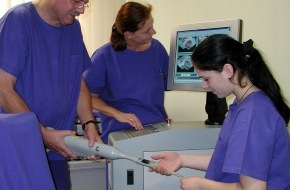 Klinik für Prostata-Therapie Heidelberg: Prostata-Krebs-Behandlung ohne Potenzprobleme / Fokussierter Ultraschall (HIFU) als schonendes Verfahren