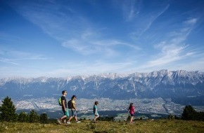 TVB Region Hall-Wattens: Kugelspaß, Zirbenzauber und Wandern ohne Ballast: Ein unvergesslicher Bergsommer im Herzen Tirols