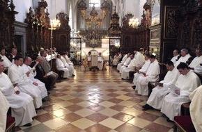 Klösterreich: Kartage und Ostern mit den Mönchen und Nonnen feiern