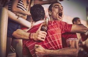 Coca-Cola Deutschland: Coca-Cola Umfrage zur UEFA EURO 2016[TM] zeigt: Männer schauen Fußball am liebsten mit ihren Kumpels, Frauen mit dem Partner