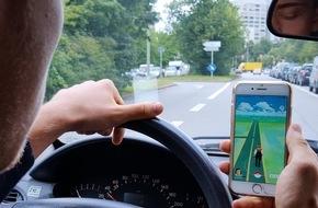 ADAC: Pokémon Go - kein Spiel für den Straßenverkehr / ADAC warnt vor der Gefahr durch Ablenkung bei neuem Handyspiel / Eltern sollten Spiel mit Kindern ausprobieren