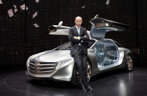 Daimler AG: What moves us today and tomorrow - Mercedes-Benz at IAA 2011 / Six world premieres for the inventor of the automobile (mit Bild)
