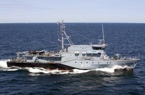 """Presse- und Informationszentrum Marine: Minentauchereinsatzboot """"Rottweil"""" leitet Such- und Rettungseinsatz"""