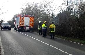 Feuerwehr Heiligenhaus: FW-ME: Trampolin abgehoben (Meldung 13/2015)
