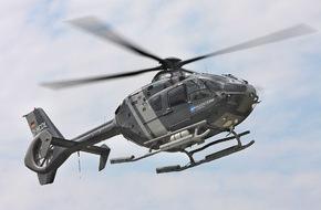 Presse- und Informationszentrum Marine: Vorstellung Schulungshubschrauber EC-135 beim Marinefliegergeschwader 5 in Nordholz
