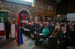 Deutscher Feuerwehrverband e. V. (DFV): 40 Ehrungen als Anerkennung des Engagements / Vielfältiger Einsatz in den Feuerwehren ausgezeichnet / Sonderausstellung eröffnet