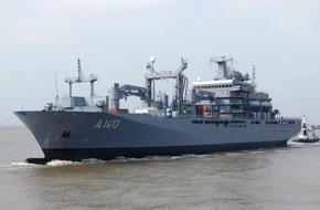 """Presse- und Informationszentrum Marine: Einsatzgruppenversorger """"Bonn"""" wird Flaggschiff im NATO Verband SNMG2"""