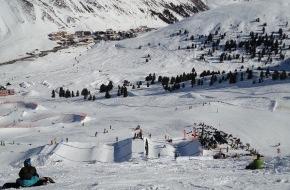 Tourismusbüro Kühtai: Kühtai ist Austragungsort der Olympischen Bewerbe Ski-Cross und Snowboard-Slopestyle