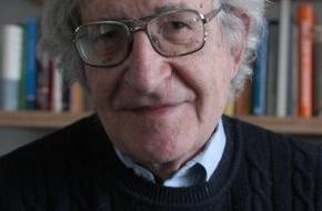 ZKM Karlsruhe: Der bedeutende Gesellschaftskritiker Noam Chomsky zu Gast am ZKM Karlsruhe
