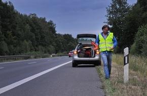 HUK-Coburg: Unfall und was dann / Wie wird eine Unfallstelle richtig abgesichert - welche Infos braucht man zur Schadenregulierung?