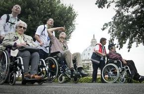 Malteser Hilfsdienst e.V.: 200 Menschen mit Behinderung pilgern nach Rom / Malteser Wallfahrt führt zum Papst und zum berühmten Schlüsselloch