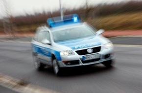 Polizeipressestelle Rhein-Erft-Kreis: POL-REK: Frau mit Messer bedroht - Kerpen