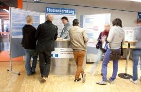 NTB Interstaatliche Hochschule für Technik: NTB-Infotag Bachelorstudium Systemtechnik 16.11.2013 / Spannende Einblicke ins Ingenieurstudium