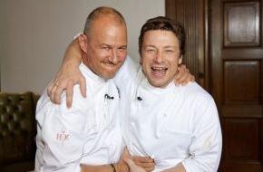 """SAT.1: Wer gewinnt """"Hell´s Kitchen""""? Das Finale mit Starkoch Jamie Oliver"""