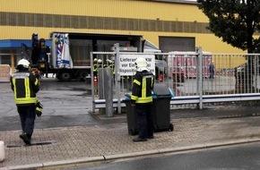Feuerwehr Gelsenkirchen: FW-GE: Undichter Dieseltank beschäftigt Feuerwehr