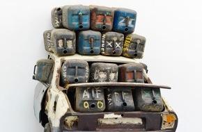 Mobiliar Versicherungen: Masken, Vodoo und Plastikkanister: Romuald Hazoumè und die kulturelle Identität