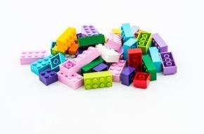 LEGO GmbH: LEGO Gruppe investiert eine Milliarde Dänische Kronen zur Förderung der Suche nach nachhaltigen Materialien