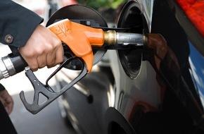 LeasePlan Deutschland GmbH: Das Dilemma der Automobilhersteller beim Spritverbrauch: kleinere absolute Verbräuche führen zu steigenden prozentualen Abweichungen