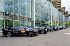 Skoda Auto Deutschland GmbH: SKODA fährt die Stars im neuen Superb zum ECHO Jazz 2015 (FOTO)
