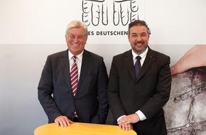 Zentralverband des Deutschen Bäckerhandwerks e.V.: Brötchen schlägt Burger / Bäckerhandwerk erneut stark im Außer-Haus-Markt