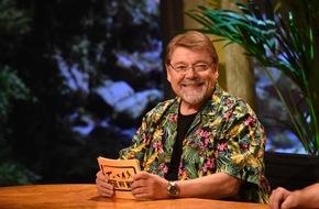 """SAT.1: Spaßvögel bei Jürgen von der Lippe in der neuen SAT.1-Show """"Tiere wie wir"""" ab 8. Juli 2015"""