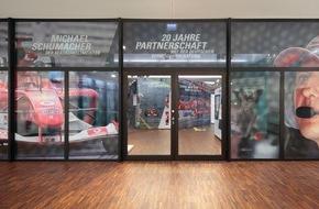 DVAG Deutsche Vermögensberatung AG: Jubiläum: 20 Jahre erfolgreiche Partnerschaft Deutsche Vermögensberatung würdigt Partnerschaft mit Formel-1-Ikone Michael Schumacher in eindrucksvoller Ausstellung