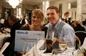 Allianz Suisse: Swiss Paralympic: Allianz Suisse remet le Newcomer Award à Hugo Thomas (IMAGE/DOCUMENT)